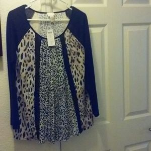 Chico's Split Leopard Top